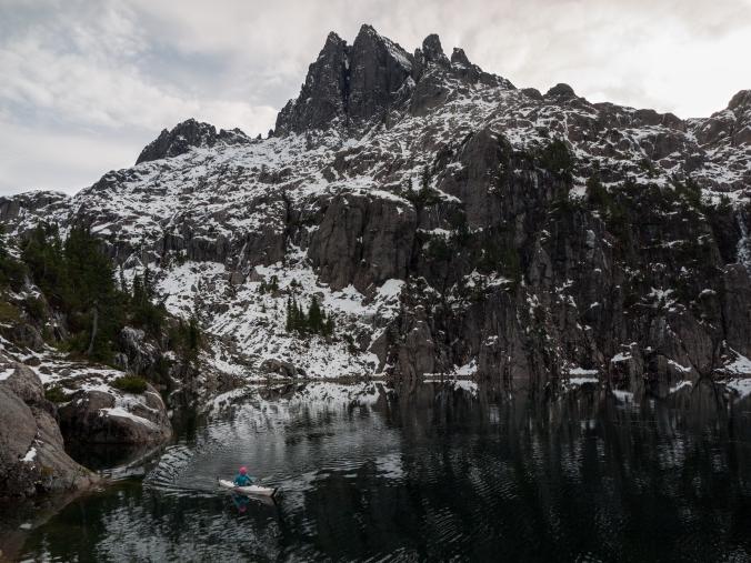 kayaking-mountains